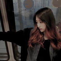 Hani - EXID Aesthetic Photo, Aesthetic Girl, K Pop, Ahn Hani, Girl Day, Kpop Girls, Korean Girl, Long Hair Styles, Exceed