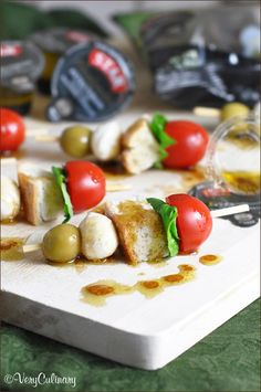 Mini Caprese Skewers #caprese #appetizer