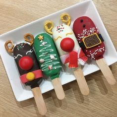 Easy Christmas Treats for School Parties Your Students Will Love - Lecker Schmecker Easy Christmas Treats, Christmas Cake Pops, Christmas Desserts, Christmas Baking, Simple Christmas, Christmas Cookies, Christmas Foods, Paletas Chocolate, Magnum Paleta