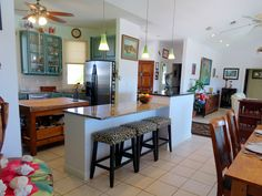 www.38fortunevillage.com house for sale in The Bahamas view of the breakfast bar