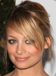 Could be nice to have an updo but not sure if Jens fringe would sit like this