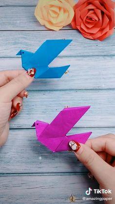 Origami Birds, Instruções Origami, Cute Origami, Origami Fish, Origami Design, Paper Folding Crafts, Cool Paper Crafts, Quilling Paper Craft, Paper Crafts Origami