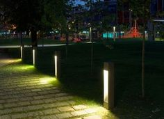 30 DIY Lighting Ideas at Night Yard Landscape with Outdoor Lights - GoWritter