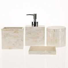 Moselle Bathroom Set