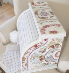 Breadbox with shabby chic mosaic *** love it