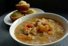 Save this recipe for your left-over turkey carcass - Drick's Rambling Cafe: Bodacious Turkey Bone Soup Thanksgiving Recipes, Fall Recipes, Soup Recipes, Recipies, Dinner Recipes, Cooking Recipes, Yummy Recipes, Dinner Ideas, Turkey Recipes