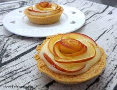 crostatine di mele e crema pasticcera http://www.ricetteinarmonia.it/ricetta/crostatine-di-mele-e-crema-pasticcera/