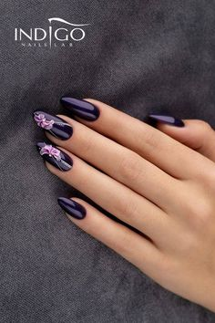 13 Reasons Why Coffin Nails Are the Hottest Mani Trend for Summer Blue Gel Nails, Blush Nails, Purple Nail Art, Glam Nails, Classy Nails, Glitter Nail Art, Stylish Nails, Acrylic Nails, Really Cute Nails