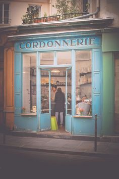 My Obsession with Paris store fronts continues, mostly in blue...