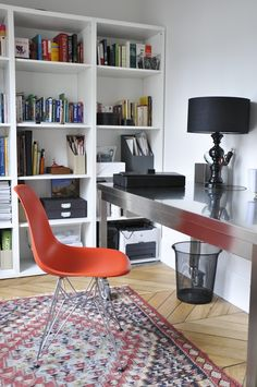 Office in Stephanie Ross's Parisian Apartment