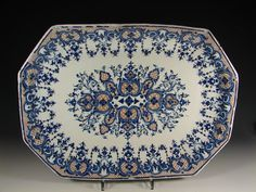 musée faïence rouen | Plat rectangulaire à pans coupés en faience de Rouen, décor bleu et ...