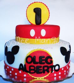 mickey mouse first birthday cake idea / idea para pastel de cumpleaños con tematica de mickey mouse   https://instagram.com/dolcemangiare/ https://twitter.com/dolcemangiare