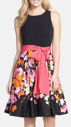 Loving this simple floral print dress