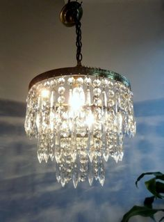 BEAUTIFUL FRENCH VINTAGE CRYSTAL~ BRASS 3 TIERS CHANDELIER c1930s