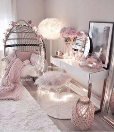 Cute Bedroom Decor, Bedroom Decor For Teen Girls, Cute Bedroom Ideas, Room Design Bedroom, Girl Bedroom Designs, Stylish Bedroom, Room Ideas Bedroom, Bedroom Desk, Aesthetic Room Decor