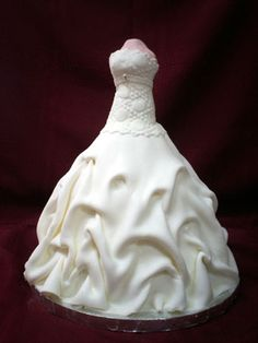 Dana's Wedding dress by Cakes by Kelli, via Flickr