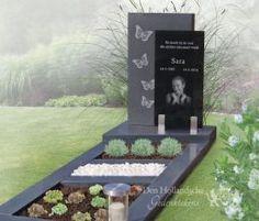 Matgrijs grafmonument met zwart glas