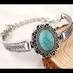Silver Turquoise Bracelet Beautiful and new! Jewelry Bracelets