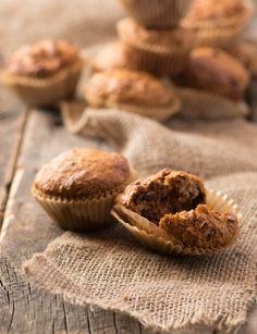Bob's High Fiber Bran Muffins Recipe from Bob's Red Mill! High Fiber Muffin Recipe, Muffin Recipes, Baking Recipes, Oat Bran Recipes, Bran Muffins, Breakfast Muffins, Breakfast Ideas, Breakfast Recipes, High Fiber Breakfast