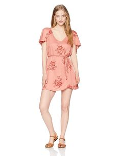 Billabong Women's Fine Flutter Dress >>> Be sure to check out this awesome product. (This is an affiliate link) Billabong Women, Junior Dresses, Program Design, Dresses Online, Dress Shoes, Mini, Casual, Clothes, Image Link