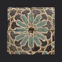Azulejos sevillanos(siglo XV) en el Museo de Artes Aplicadas de Budapest(Hungría). | Matemolivares