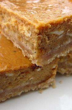 Köstliche Desserts, Delicious Desserts, Dessert Recipes, Cake Recipes, Yummy Recipes, Cooking Recipes, Pumpkin Cheesecake Bars, Cheesecake Desserts, Raspberry Cheesecake