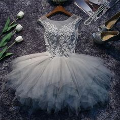 Grey Lace and Tulle Homecoming Dresses, Lovely Short Party Dress, Formal Dresses Junior Bridesmaid Dresses, Prom Party Dresses, Homecoming Dresses, Formal Dresses, Graduation Dresses, Dress Party, Vestido Dress, Robes D'occasion, Tulle