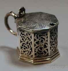 Victorian Reticulated Silver Cobalt Glass-lined Mustard Pot, London, 1844, John & George Angell