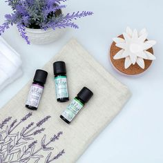 Clease and Refresh Essential Oil Trio & Lazy Daisy Porcelain Aroma Diffuser from the Ellia Elements Collection.