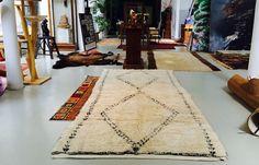 Glorious vintage Maroc Tribal Ait Seghrouchen Berber carpet in artist Herbert Brandl's studio in Germany Moroccan Berber Rug, Berber Carpet, Snug, Bohemian Rug, Germany, Interior Design, Studio, Artist, Vintage