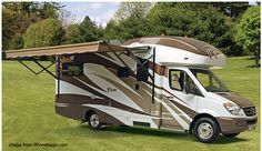 Winebago ViewPlus Thoughtful article about selecting small Class C motor homes.