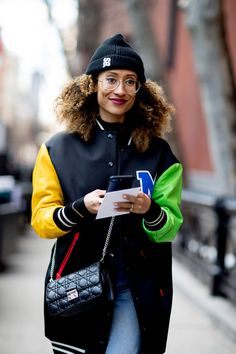 At Fashion Week, we come for the runway and stay for the street style. Show-goers offer up their own show, putting personal style and the season's biggest New York Fashion Week Street Style, Ny Fashion Week, High Fashion, Black Hair Inspiration, Style Inspiration, Elaine Welteroth, Winter Outfits, Casual Outfits, Winter Hairstyles