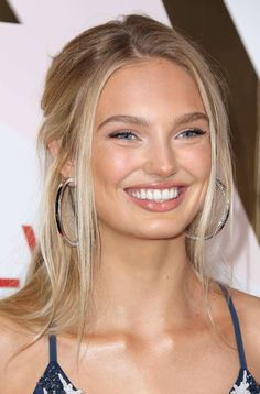 Romee Strijd at the #REVOLVE Awards 2017, Hollywood (2017)