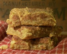 Tattered Treasures: Moist and Chewy Snickerdoodle Blondies!