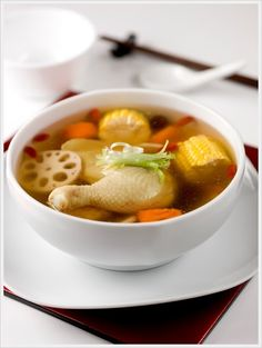 Five Treasure Soup -2000ml Hot Water -2 Skinless Chicken Drumstick with Thigh, washed and trim -300gm Fresh Lotus Root, cut into thick slices -6 Fresh Water Chestnuts, skin removed lightly smashed -2 Corn Cobs, washed and cut into sections -3 Dried Shiitake Mushrooms -3 Medium Dried Scallop -4 Red Dates -1/2 Tablespoon Wolfberries