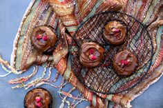 VEGAN CHOCOLATE BROWNIE CAKES