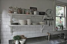 kitchen: hugo & elsa