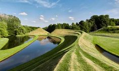 A Garden of Cosmic Speculation that evokes black holes and fractal geometry? That's May Day sorted, then.