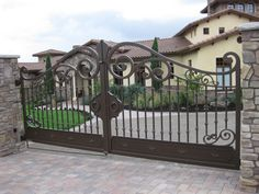 Scroll top custom gate by Stratford Gate Systems . Fence Gate Design, Front Gate Design, House Gate Design, Wrought Iron Driveway Gates, Metal Garden Gates, Entrance Gates, House Entrance, Custom Gates, Grades