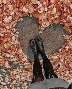 (notitle) - Fotos - - Do It YourSelf Autumn Photography, Creative Photography, Amazing Photography, Portrait Photography, Autumn Aesthetic, Autumn Cozy, Autumn Fall, Jolie Photo, Fall Photos