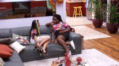 """""""Big Brother Brasil 17"""" - Roberta e Emilly detonam Elis: 'cara de pau!'"""