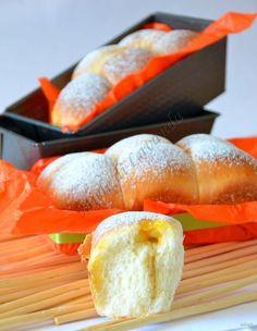 Plumcake lievitato con pasta madre..e aggiungerei anche, con tanta buona confettura di albicocche che ci fa pensare alla bella stagione! il plumcake lievit