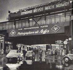 Berlin, Bahnhof Friedrichstraße, 1960. Fotograf unbekannt.
