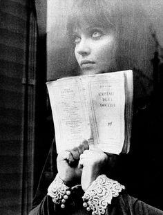 Anna Karina em Alphaville (1965), de Jean-Luc Godard (Mundial Filmes)