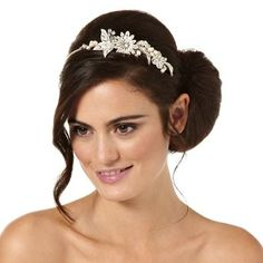 Alan Hannah Devoted Freshwater pearl and crystal flower and leaf headband – . –