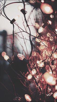Wallpaper Background Aesthetic - Wallpapers de Pantalla Sigueme Judith Estefani - Rebel In A New Dress - . Tumblr Wallpaper, Lit Wallpaper, Free Phone Wallpaper, Screen Wallpaper, Iphone Wallpaper Christmas, Iphone 7 Wallpaper Backgrounds, Trendy Wallpaper, Cell Phone Wallpapers, Walpaper Phone
