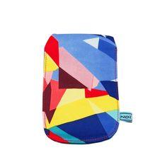 NOI home & fashion | Handyhülle Grafic blau / gelb Farbenfrohes und schützendes Kleid fürs Handy im angesagten Grafikmustermix. Die Bags schützen die Handys vor Kratzern und schenken ihnen ein sicheres Zuhause.  Maße: 8cm x 13,5cm #NOIhamburg #mobilphone #handyhülle #cover