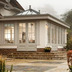Exterior view of orangery extension in misty conditions garden room Class & Character Orangery Extension Kitchen, Orangerie Extension, Kitchen Orangery, Garden Room Extensions, House Extensions, House Extension Design, House Design, Extension Ideas, Westbury Gardens