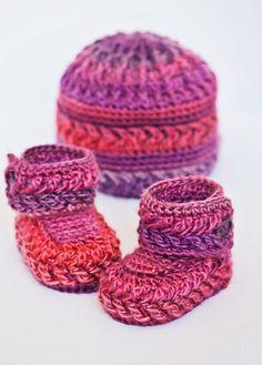 Baby Booties Crochet PATTERN - Chevron Booties and Hat. Tejidos Para Bebé  ... 3ca094fcdca