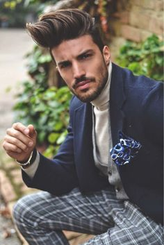 Today I choose to wear Nohow Street Couture winter collection, creating a classy Sunday look. Popular Fashion Blogs, Mens Fashion App, Try Different Hairstyles, Mdv Style, Street Style Magazine, Hair And Beard Styles, Hair Styles, Men Hair Color, Photography Poses For Men